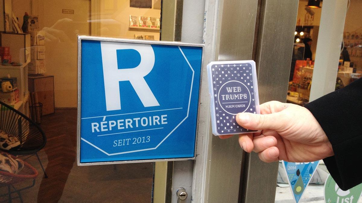 MJOM Cards Web Trumps bei Répertoire Wien